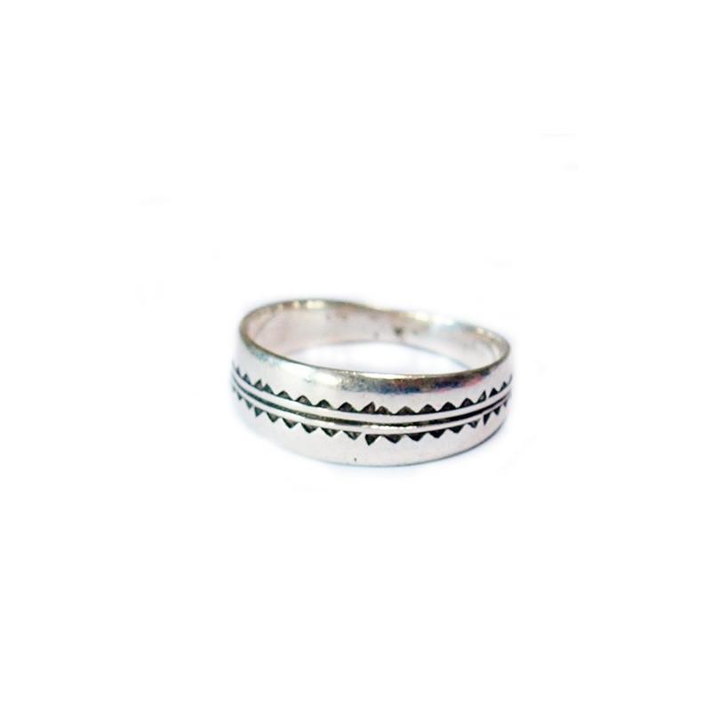 Bague, anneau touareg ciselée