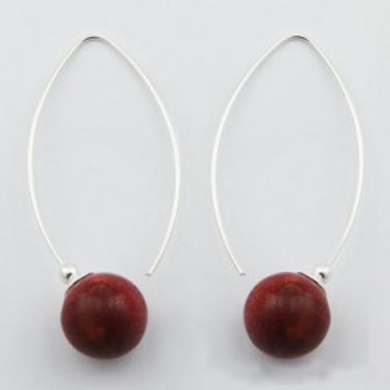 Boucles d'oreilles en argent et gorgone rouge