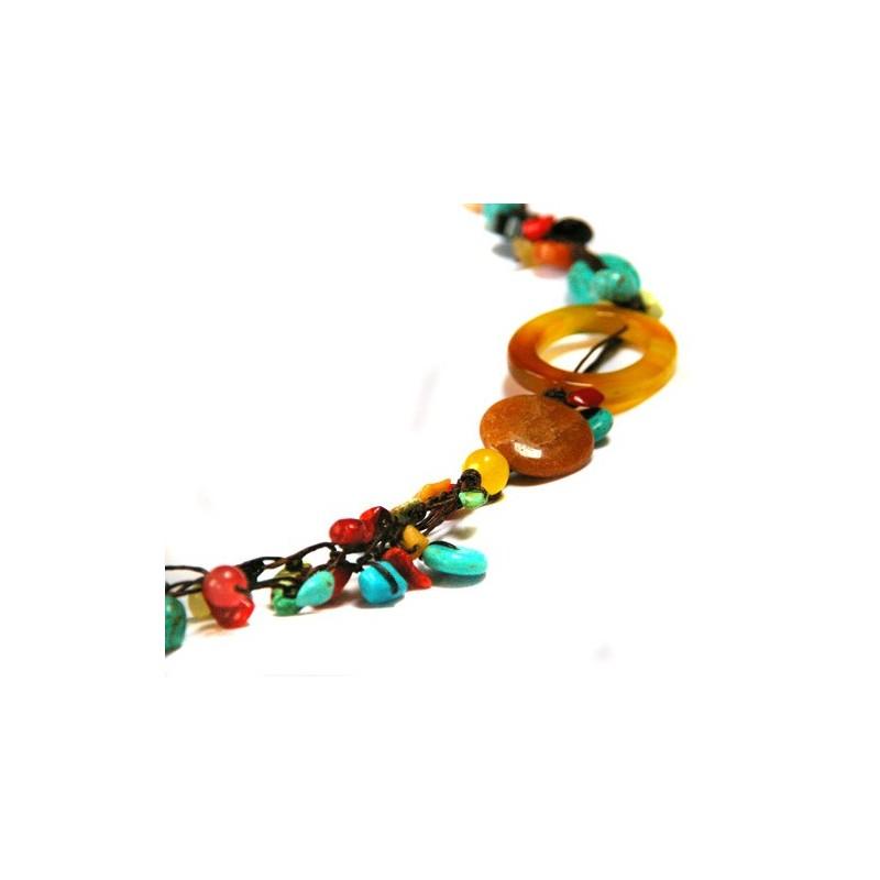 Collier en fil de soie et pierres naturelles, turqoise, corail, jaspe...
