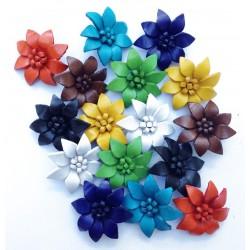 Petite Broche fleur en cuir - Divers coloris