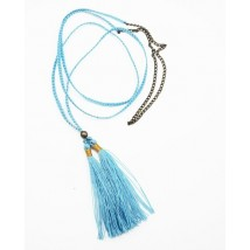 Collier turquoise long en coton avec pompon