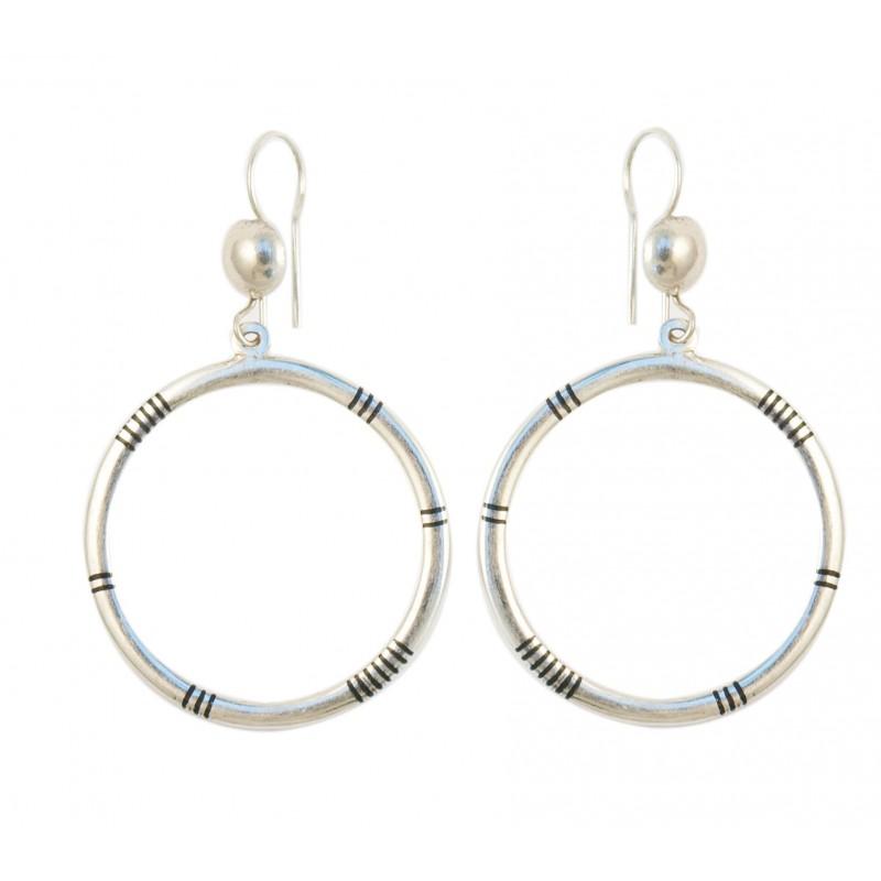 Boucless d'oreille touareg en argent, forme ronde
