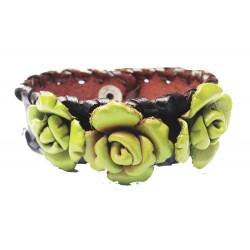 bracelet cuir large avec fleurs vertes