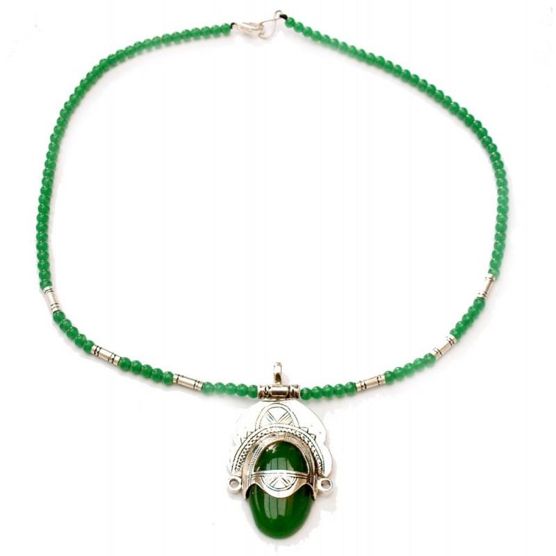 Collier touareg déesse en argent et perles de verre vert