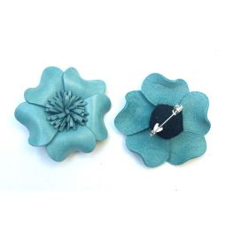 Jolie Broche fleur en cuir coloré 5 pétales