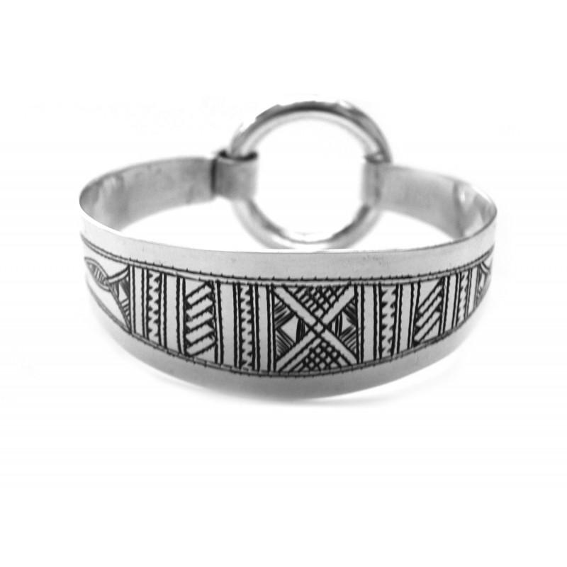 Gros Bracelet manchette rigide touareg en argent gravé