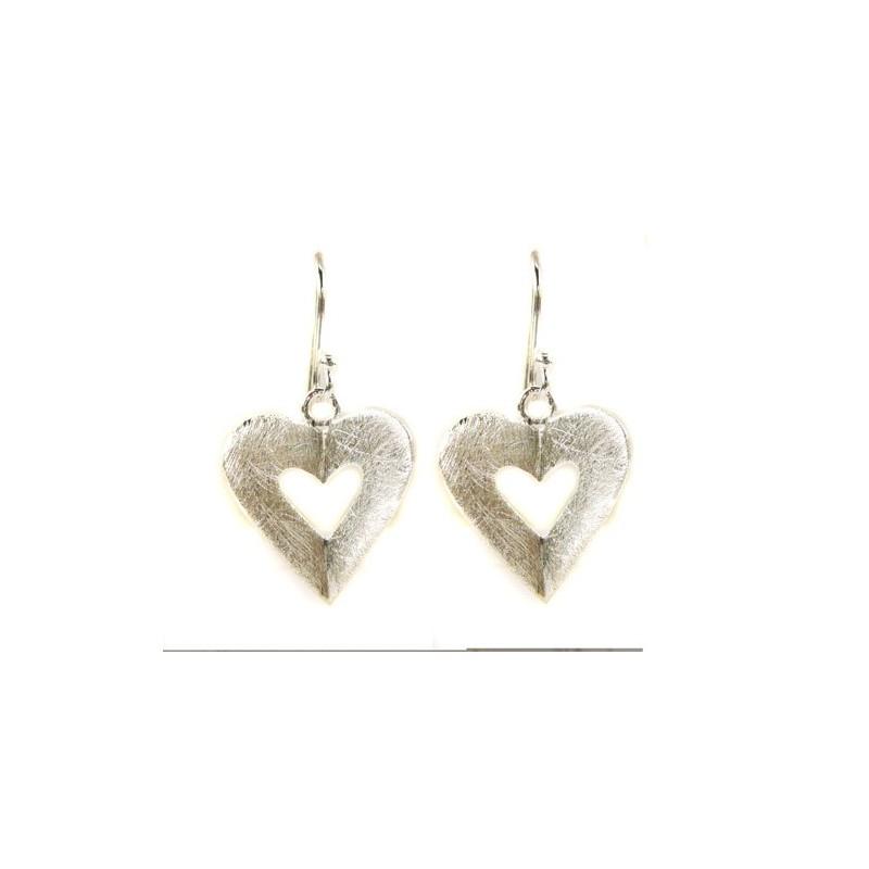 Boucles d'oreilles forme coeur plié en argent brossé